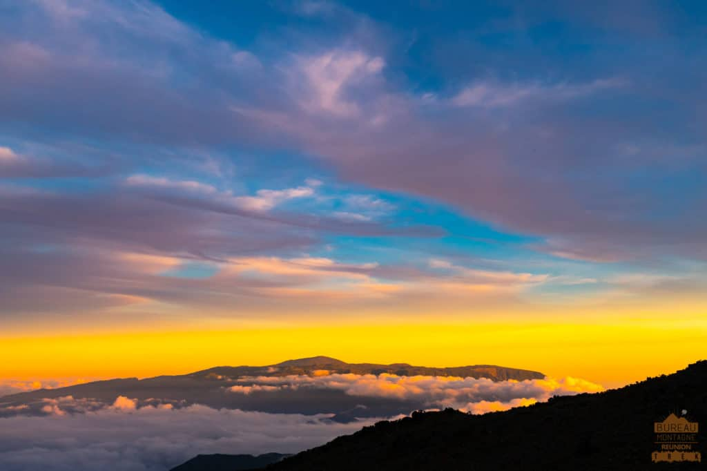 coucher de soleil depuis caverne dufour piton neiges  montagne la réunion