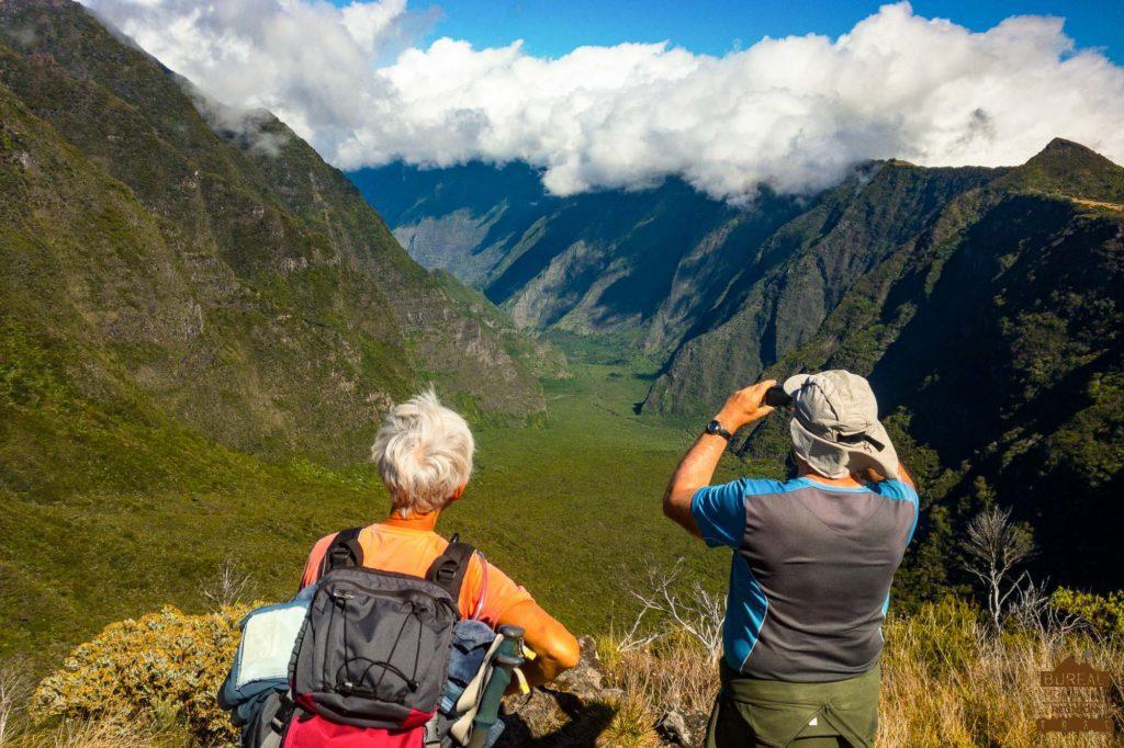 randonnée réunion trek agence GRR2 diagonale traversée rivière des remparts fournaise