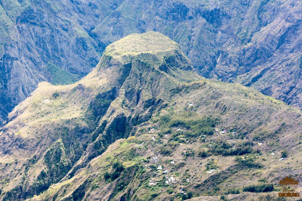 mafate randonnée réunion trek agence GRR2 diagonale traversée roche plate