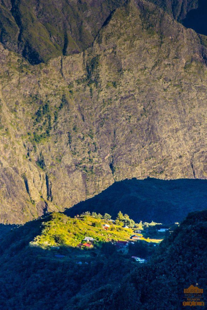 L'îlet de La Nouvelle matin plateau mafate réunion trek 974