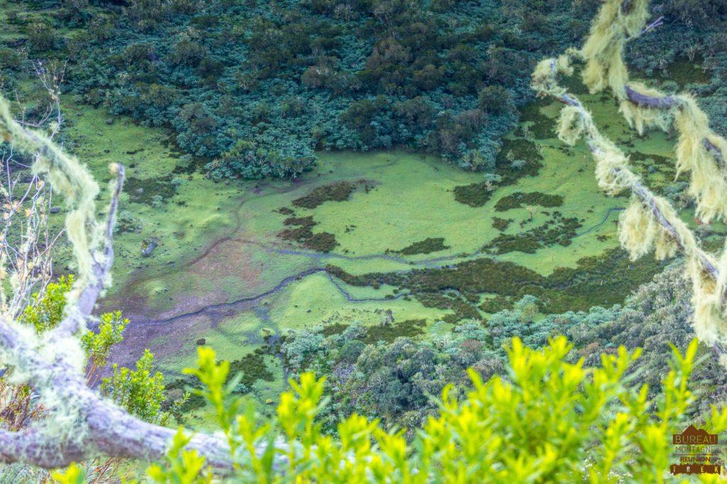 Le plateau de Kelval Mafate vu depuis le Col du Taïbit reunion rando trek