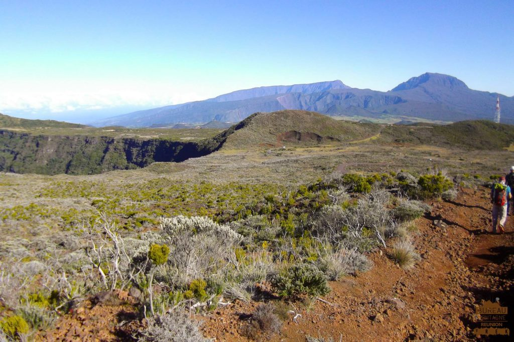 Piton Textor, vue sur le Piton des Neiges fournaise réunion trek 974
